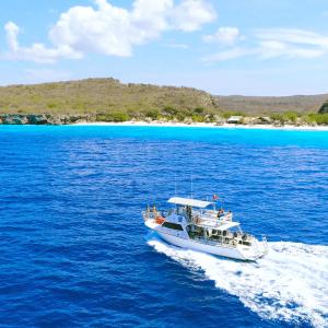 3 Day Boat Diving Package in Curacao | Ocean Encounters