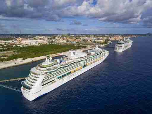 Cruises to Willemstad Curacao | Ocean Encounters Diving