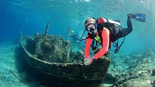 Ocean Encounters Boat Diving Tugboat