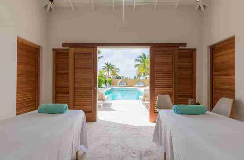 Dolphin Suites and Wellness Curacao | Ocean Encounters