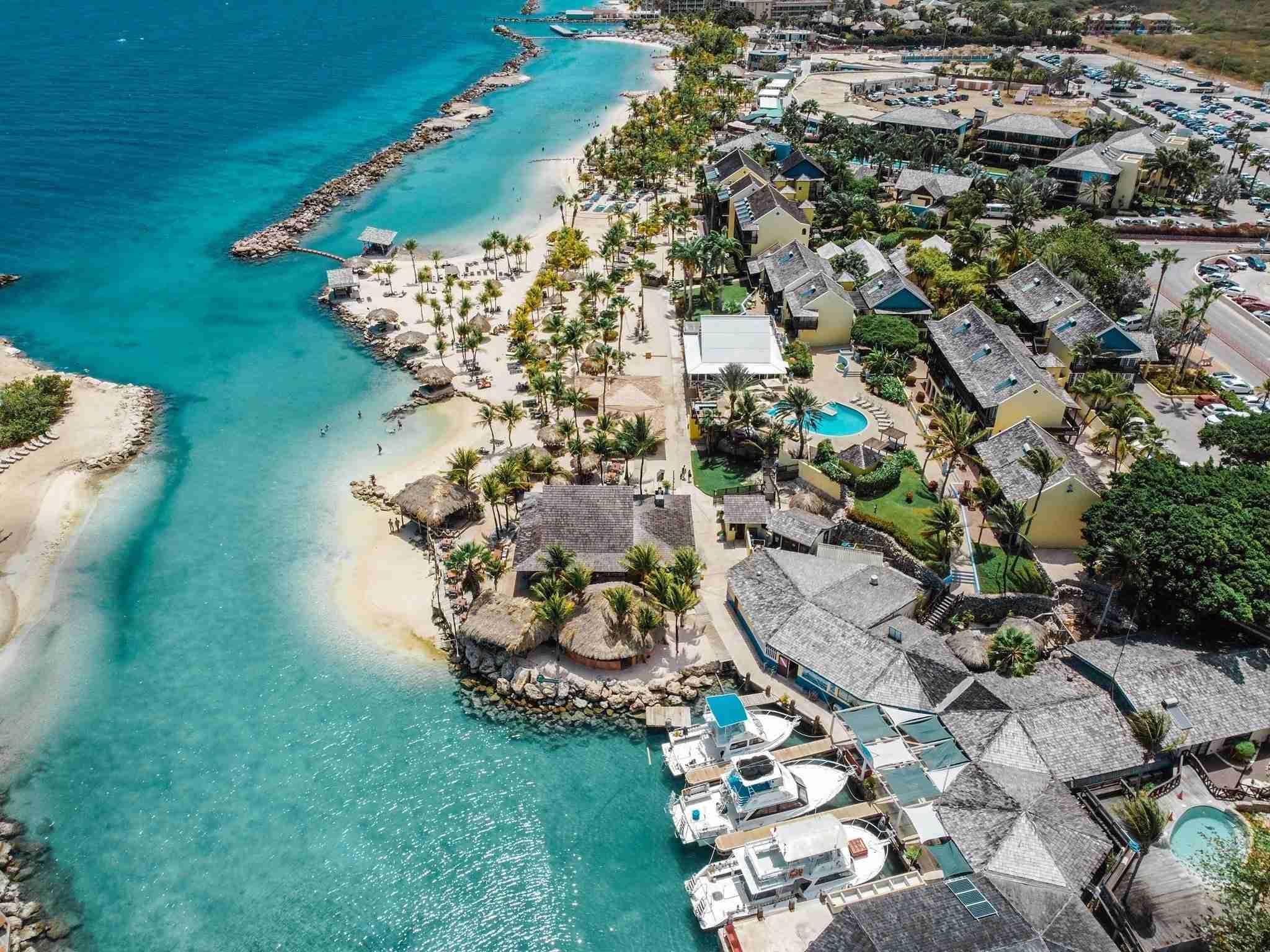 Ocean Encounters at LionsDive Beach Resort Curacao